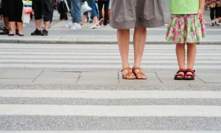 Dạy con kỹ năng và an toàn khi tham gia giao thông