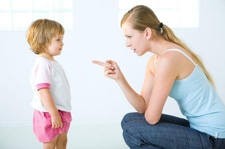 Bố mẹ phàn nàn dạy con mãi mà trẻ không nghe, đây là câu trả lời cho bạn
