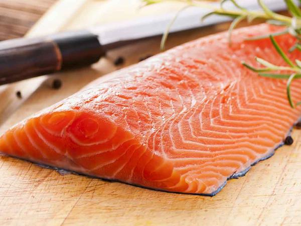 Thực đơn cho bé thông minh: Nguồn dưỡng chất từ cá hồi