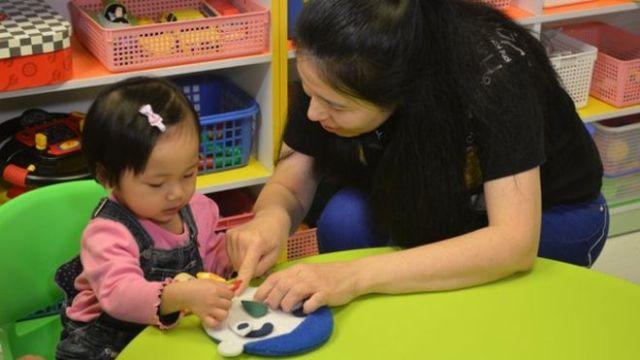 Mùa tựu trường: Bí quyết để con đến trường vui vẻ, mẹ không stress