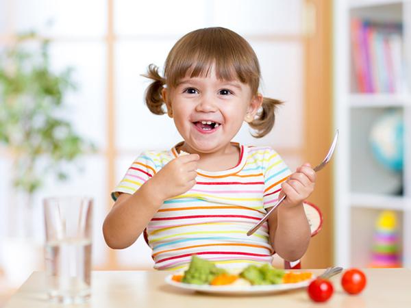 Giúp trẻ tăng cân tự nguyện